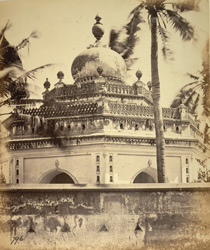 One of the tombs of Tipu Sultan's family, possibly that of his widow, Padshah Begum, Vellore 2718